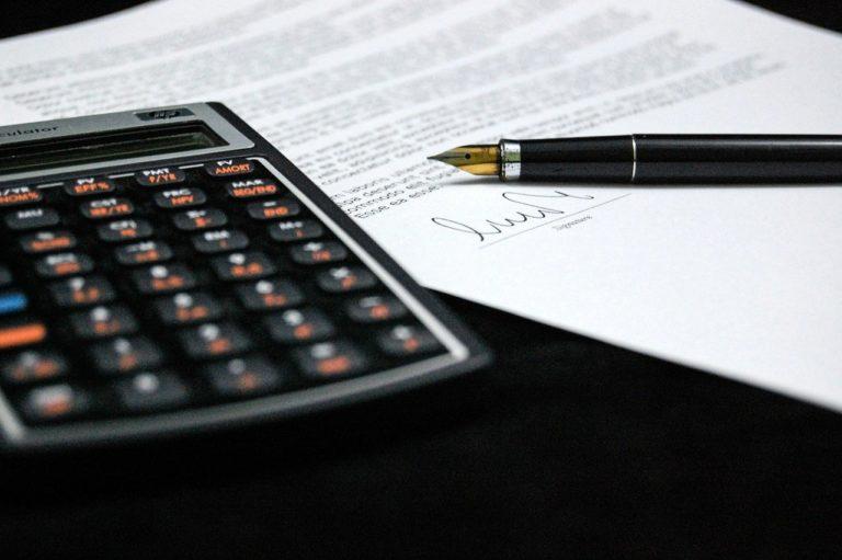 Simuler son prêt immobilier : Mensualité et taux de crédit.